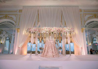 Wedding_Event_Davinci_Florist_Trump_Room_28